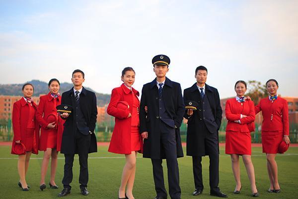 女孩子选择航空专业简阳新机场刚需就业