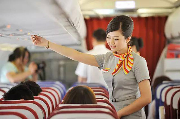 成都空乘艺考培训,且看航空服务专业,就业前景
